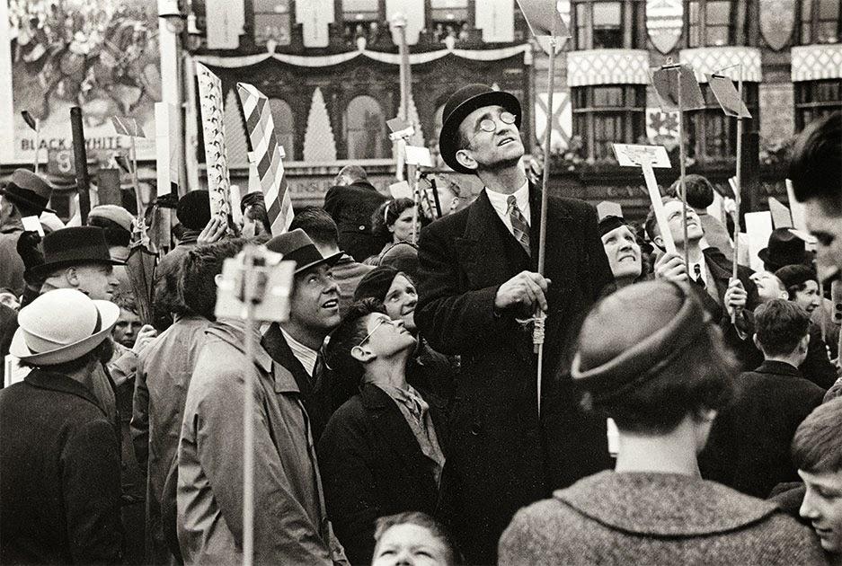 Henri Cartier Bresson Couronnement de George VI, Londres, Angleterre, 12 mai 1937