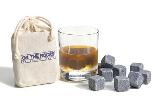pic-de-nore-on-the-rocks-vanessa-lacombe