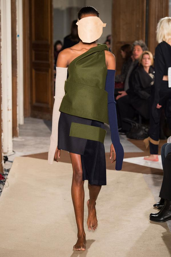 jacquemus-defile-mode-fashion-week-pic-de-nore-pull-made-in-france-2